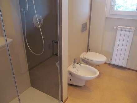 bagni moderni. top immagine di una stanza da bagno minimalista con ... - Architettura Bagni Moderni