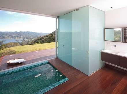 minimalistic Pool by LIGHTEN