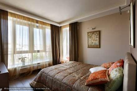 Квартира на Каменноостровском проспекте для галеристки: Спальни в . Автор – Ольга Кулекина - New Interior