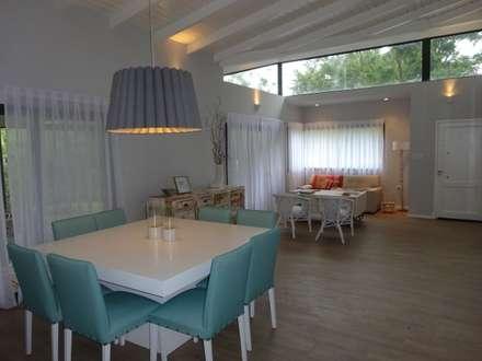 کھانے کا کمرہ by ARRILLAGA&PAROLA