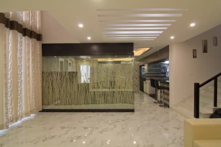 Glass Partition: modern Living room by KREATIVE HOUSE