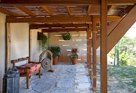 Projeto Atibaia - SP: Jardins modernos por Samy & Ricky Arquitetura