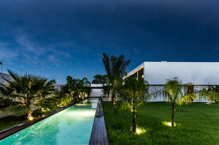 modern Pool by P11 ARQUITECTOS