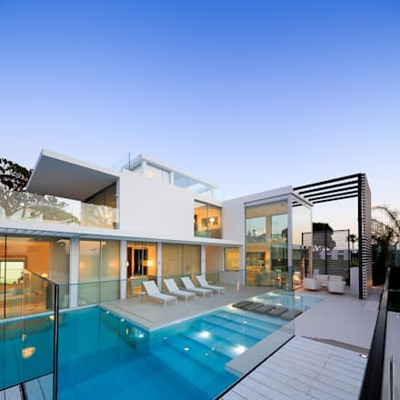 minimalistic Pool by JSH Algarve Arquitectura Lda