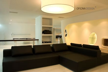 Casa - Freedom: Salas multimédia minimalistas por Oficina Design