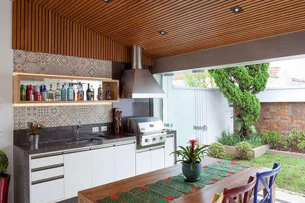 Nhà bếp by Moran e Anders Arquitetura