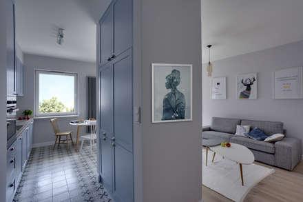 Portfolio: styl , w kategorii Korytarz, przedpokój i schody zaprojektowany przez Loft Factory
