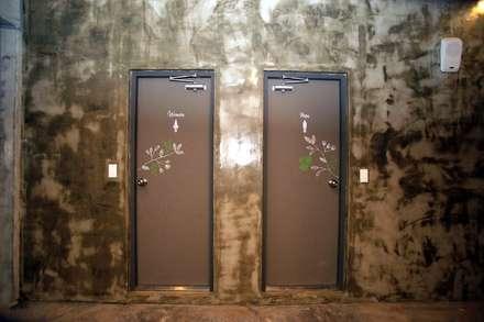 유니스의정원(이풀실내정원) 인테리어벽화: 몰핀아트의  화장실