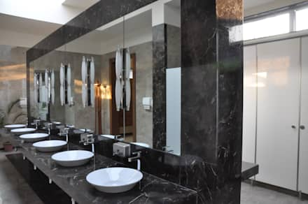 Cloakrooms:  Hotels by SDI consultants pvt ltd