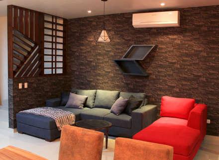 industrial Living room by D.I. Pilar Román