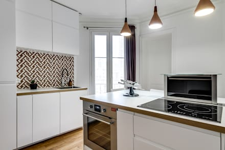cuisine, Projet Crimée, architectes intérieurs: Carla Lopez et Margaux Meza: Cuisine de style de style Moderne par Transition Interior Design