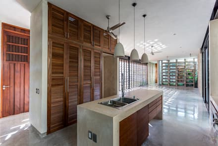Espacio Multifunción  (sala, comedor, cocina) : Cocinas de estilo moderno por Taller Estilo Arquitectura