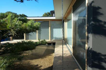 茶山の家  HOUSE IN CHAYAMA: プラスアトリエ一級建築士事務所が手掛けた庭です。