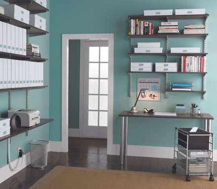 DIe richtige Wandfarbe für kreatives Arbeiten: klassische Arbeitszimmer von Elfa Deutschland GmbH