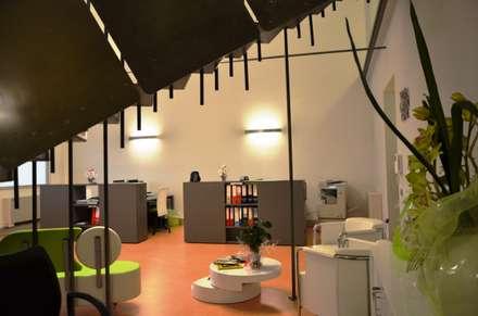 Phòng học/Văn phòng by Arch. FLAVIA SCANZANI