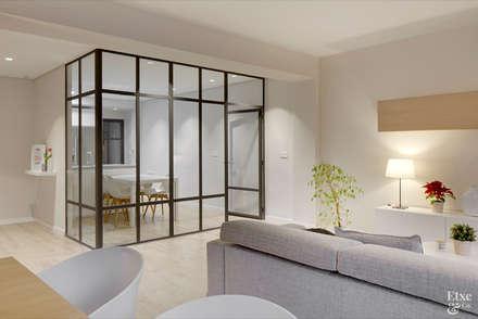 Cristalera de separación entre la cocina y el salón.: Cocinas de estilo moderno de Etxe&Co
