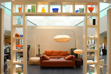 Casa Palacio: Salas de estilo moderno por DIN Interiorismo
