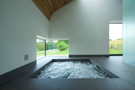 Little England Farm - Pool House: modern Spa by BBM Sustainable Design Limited