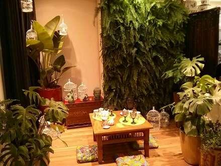 Ambiente Bali- Mostra Mesas Decoradas BiaDecor : Jardins asiáticos por Eneida Lima Paisagismo