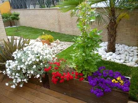 Giardino idee immagini e decorazione homify - Foto di giardini fioriti ...