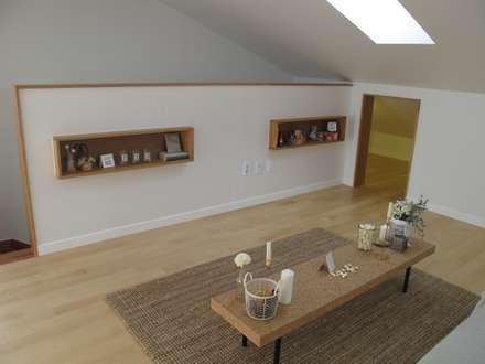 루트주택 15호 : 루트 주택의  거실