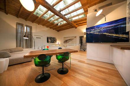 Living room - dinner: Sala da pranzo in stile in stile Moderno di studiodonizelli