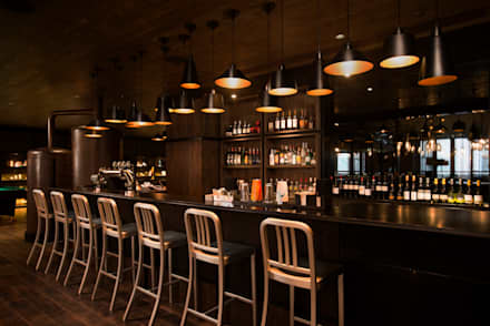 Bar: WORKTECHT CORPORATIONが手掛けたホテルです。
