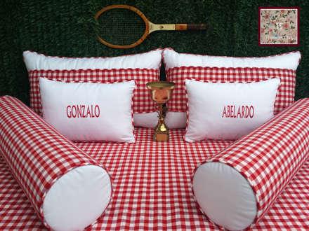 classic Nursery/kid's room by Home by TPD 'El Arte de Recibir en Casa'