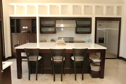 Espacios Armonizados: Cocinas de estilo moderno por I.g.interiorismo.paisajismo
