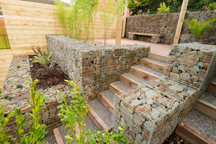 small garden with a very steep slope modern garden by j b landscapes ltd