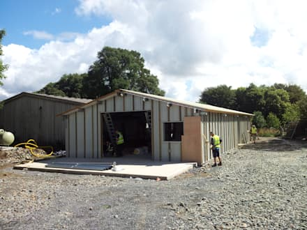 Joinery Workshop (Cotehele):  Offices & stores by ARB Architecture Ltd
