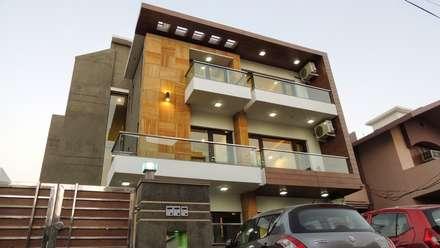 AravaliHills Luxury Floors - 1: modern Houses by INXUS Constructions