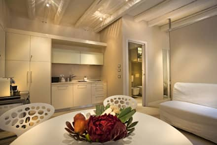 """Residenza """"Le Cadreghe"""" - Verona: Sala da pranzo in stile in stile ..."""