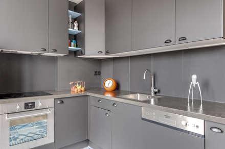 CUISINE PROJET COLOMBES, Agence Transition Interior Design, Architectes: Carla Lopez et Margaux Meza: Cuisine de style de style Moderne par Transition Interior Design