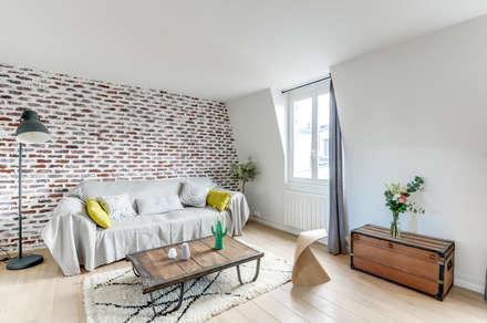SALON PROJET COLOMBES, Agence Transition Interior Design, Architectes: Carla Lopez et Margaux Meza: Salon de style de style Moderne par Transition Interior Design