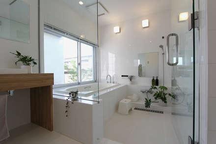 浴室: 環境建築計画が手掛けた浴室です。