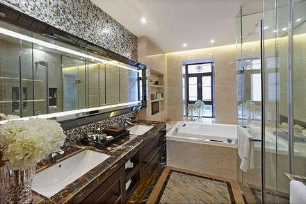 Hotel Bathroom in Foshan, China:  Hotels by ShellShock Designs