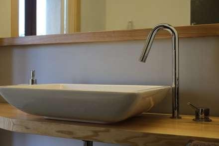 Ristrutturazione loft: Bagno in stile in stile Scandinavo di Contesini Studio & Bottega