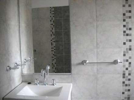 Baños: Baños de estilo moderno por Arquitectura IPC