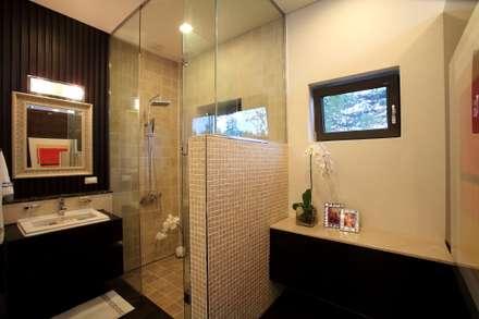 ห้องน้ำ by 한글주택(주)