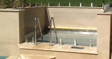 Stainless Steel Spa: classic Spa by Aqua Platinum Projects