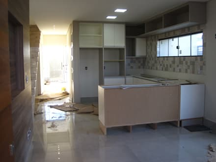 Kitchen (Cozinha): modern Kitchen by Tony Santos Arquitetura