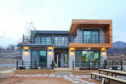 기존도면에 한층더 업그레이드된 집: 한글주택(주)의  주택