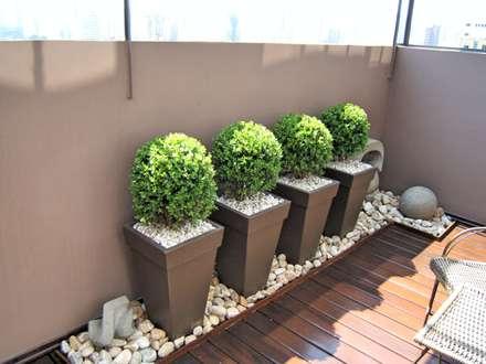 ระเบียง, นอกชาน by Paty Nascimento Designer de Interiores e Paisagista