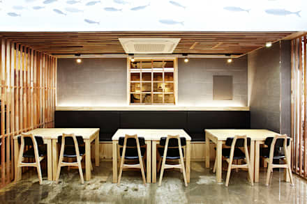 JAPAN NAKANO RAMEN (성신여대점): 2wavestudio (투웨이브스튜디오)의  상업 공간