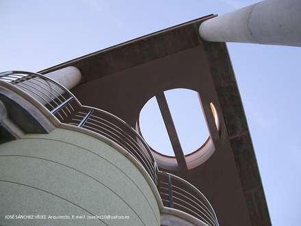 SALVA: Terrazas de estilo  de José Sánchez Vélez. Arquitectura Mediterránea. 653773806