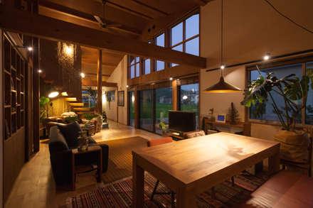 غرفة السفرة تنفيذ 株式会社グランデザイン一級建築士事務所