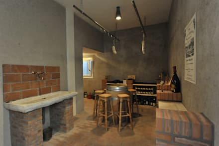 Ruang Penyimpanan Wine by Architetti Baggio