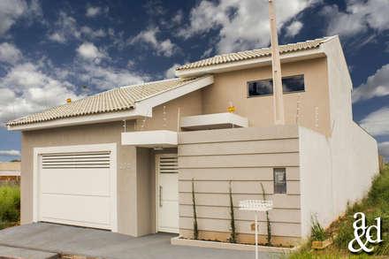 Residência: Casas modernas por Arch & Design Studio