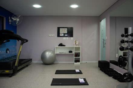 modern Gym by Carla Almeida Arquitetura